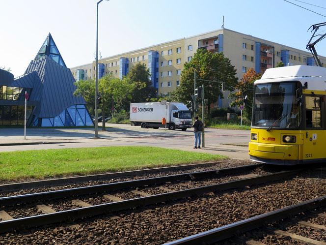 Tipp 8: Pyramidale, Tag 1 | Sa, 7. September | 17 Uhr: Tramophonie (Sonderfahrt der BVG vom Hackeschen Markt) | ab 18.30 Uhr: Ausstellungszentrum Pyramide, Riesaer Str. 94