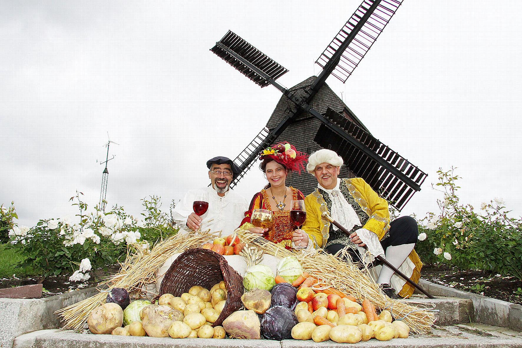 Tipp 1: Fr bis So, 13. bis 15.9.: Alt-Marzahner Erntefest. Buntes Treiben rund um den Dorfkern. | © Pressebüro Bürger