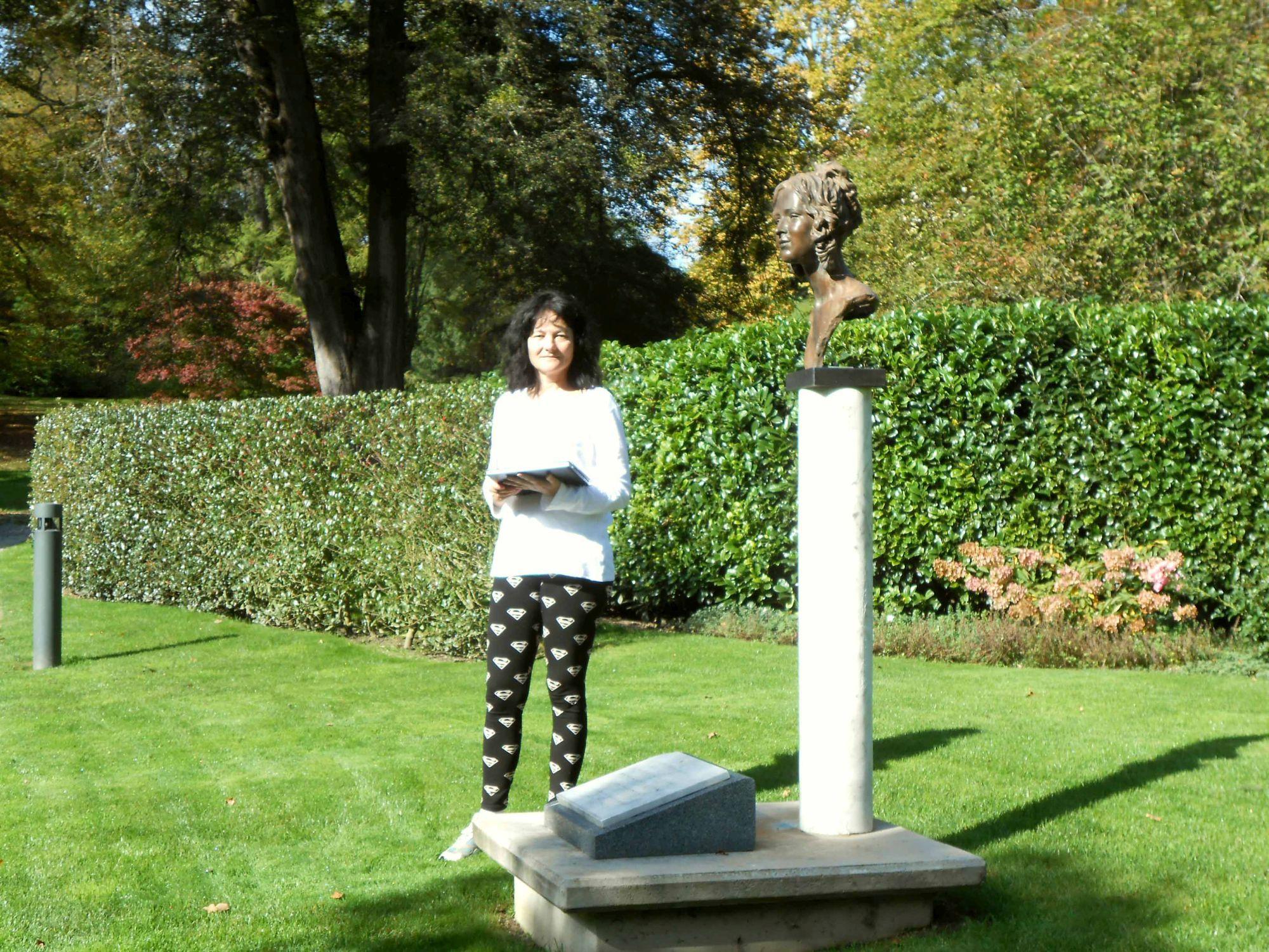 Susanne Wechtitsch beim Naturstudium