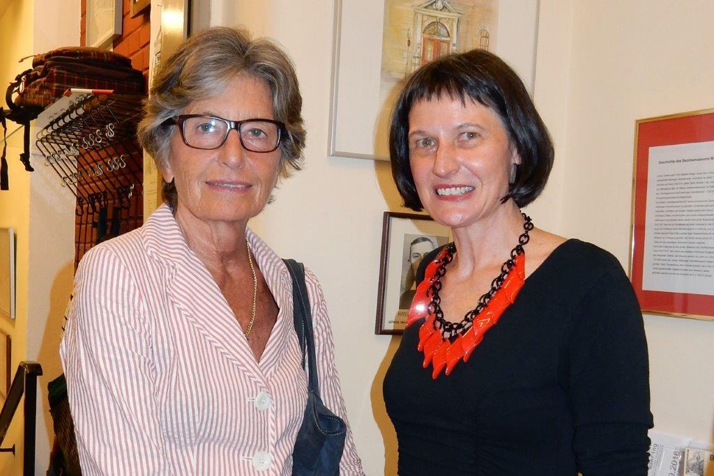 Cecily Corti, Stefanie Grüssl