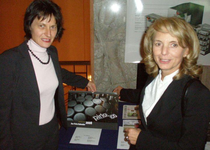 Stefanie Grüssl und Eva-Maria Glawischnig