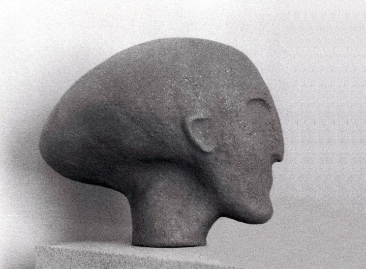 Kopf in Steinzeugton, 1982