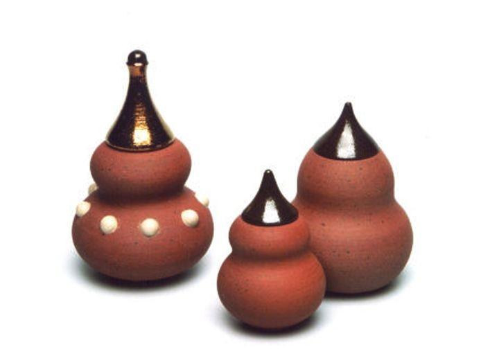 Getöpferte Gefäße aus Ton aus der Wachau
