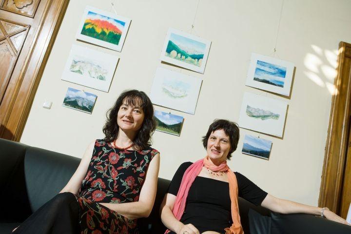 Künstlerinnen und Schwestern: Susanne Wechtitsch und Stefanie Grüssl