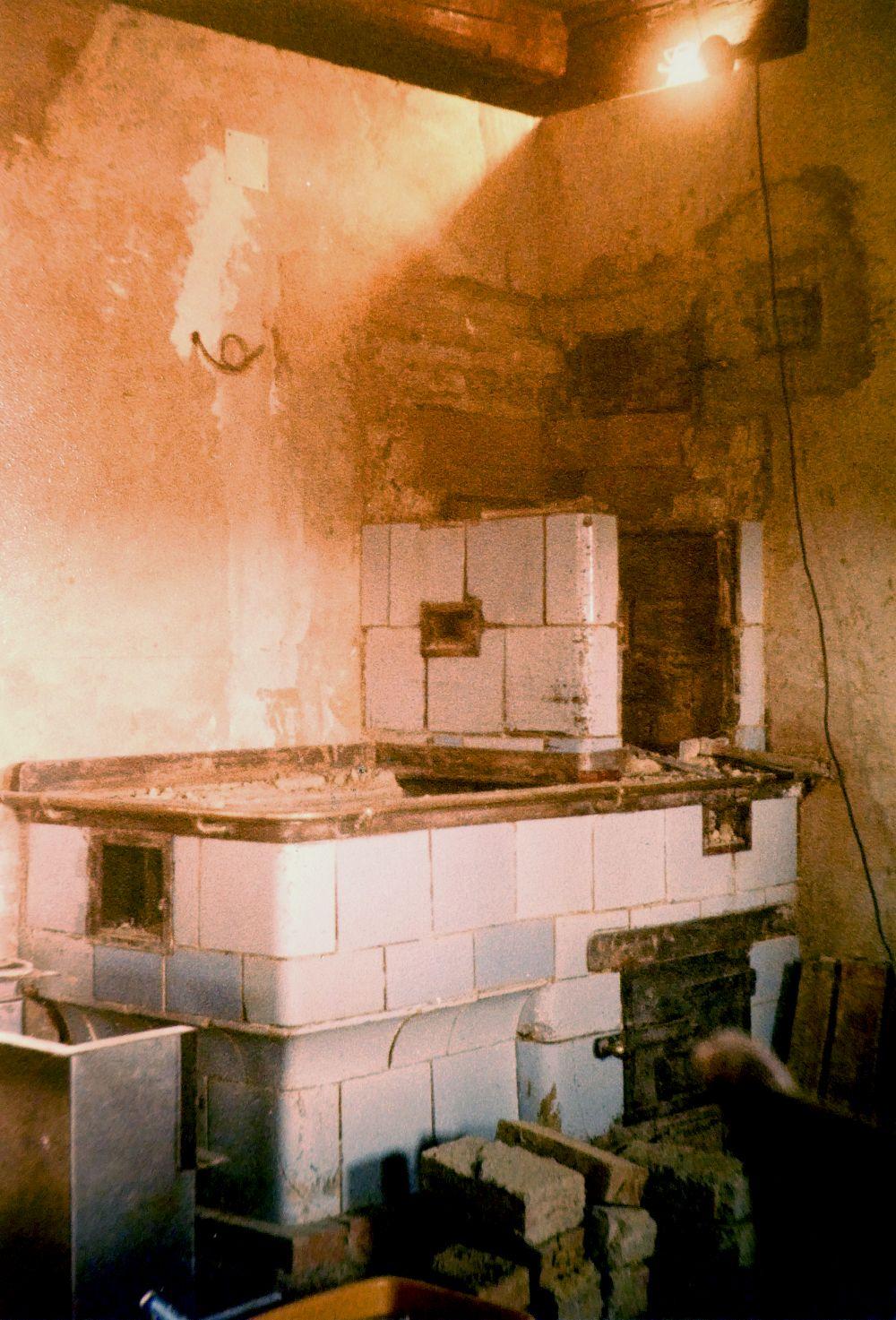 Aufsatzherd in einem weststeirischen Wohnhaus, 1981