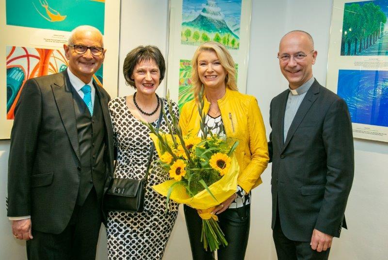 Gerald Grüssl, Stefanie Grüssl, Elisabeth Vogel, Dompfarrer Toni Faber