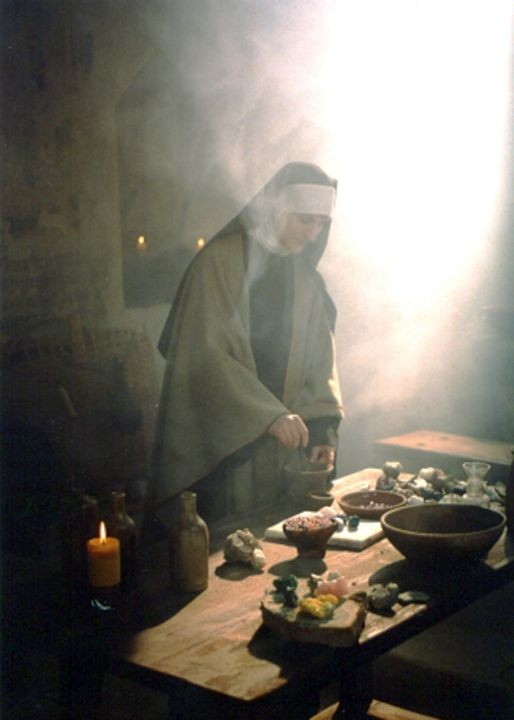 1994 - bei Dreharbeiten, Hl. Hildegard von Bingen, Foto: Hans Haiden