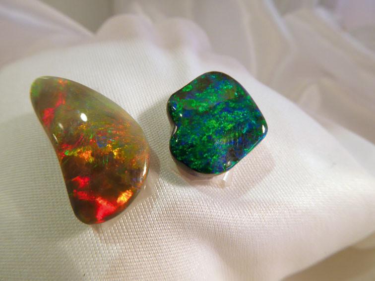 Schwarze Opale
