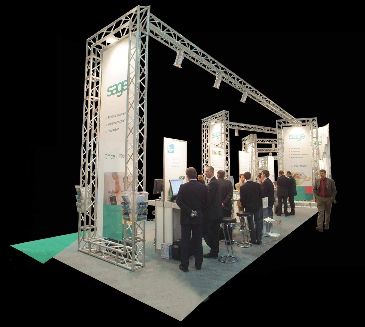 05 Kopfstand Informatikmesse, Stehpulte mit PC Arbeitsplätzen, akustische und optische Trennung mit Transparenten