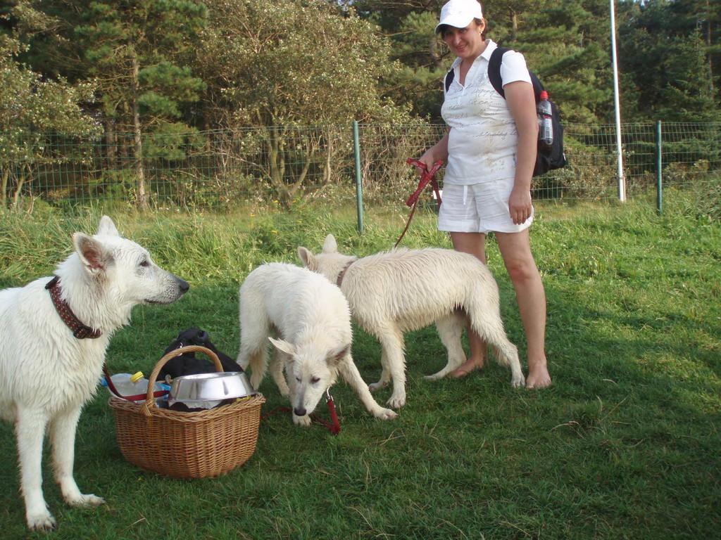 Natascha mit Shameera, Leona und Kira