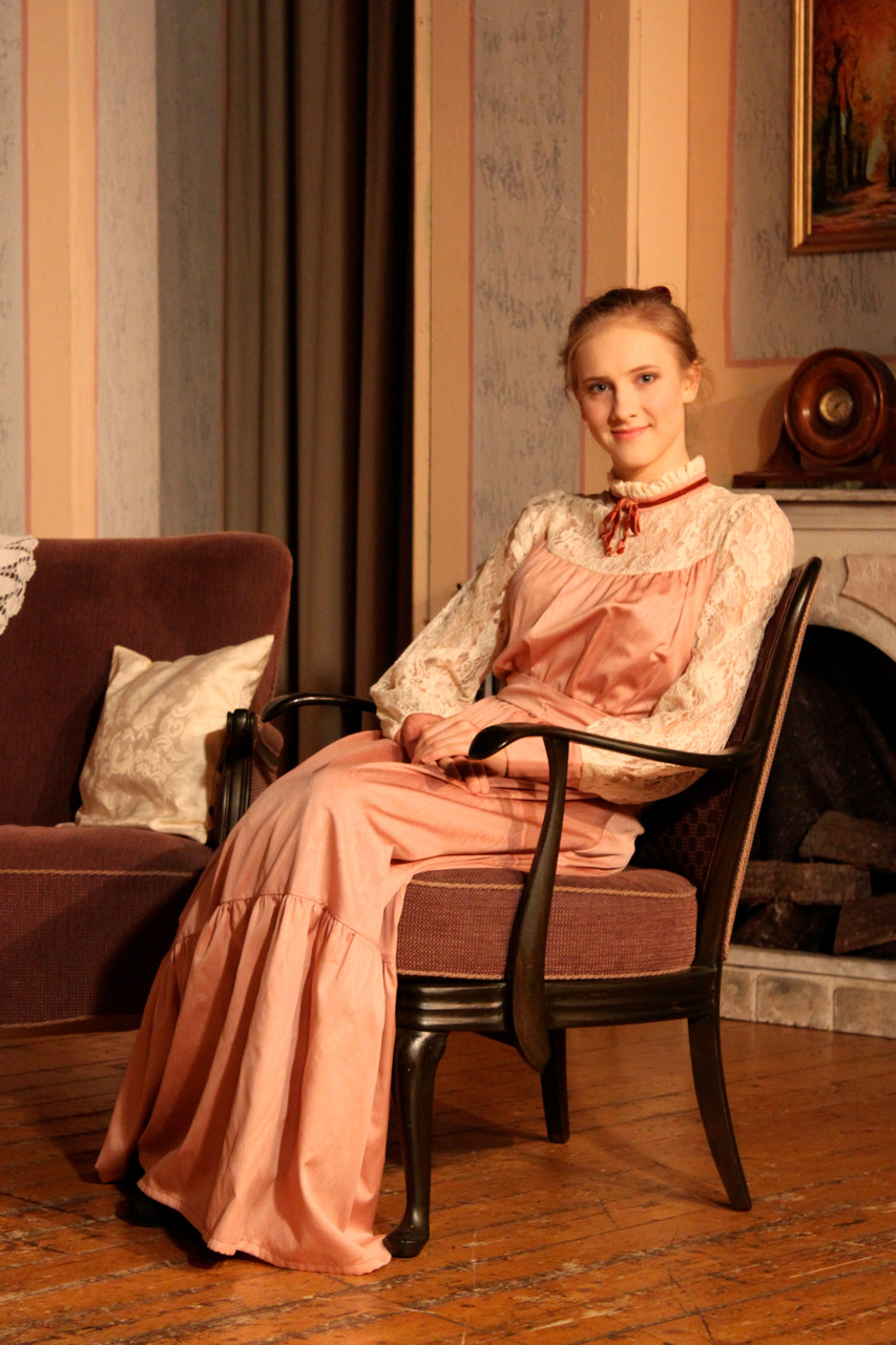 Jana Nieswand als Amy Spettigue