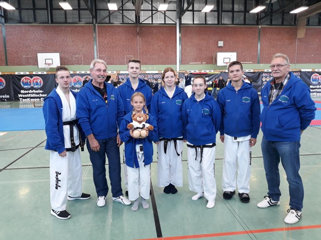 Team Bushido Louis Wrobleski, Heiner Minzel, Amalia Carnein, Leonard Jelaca, Sina Fischer, Elisbeth Buchmiller, Fabian Mulch, Wolfgang Schröder