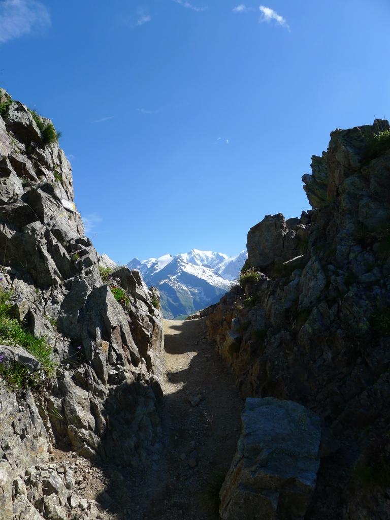 Vue sur le Mont-Blanc en arrivant au Col de la Fenêtre