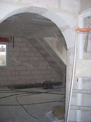 """Passage """"plein cintre""""refend dans mur beton céllulaire de 30cm Ep"""