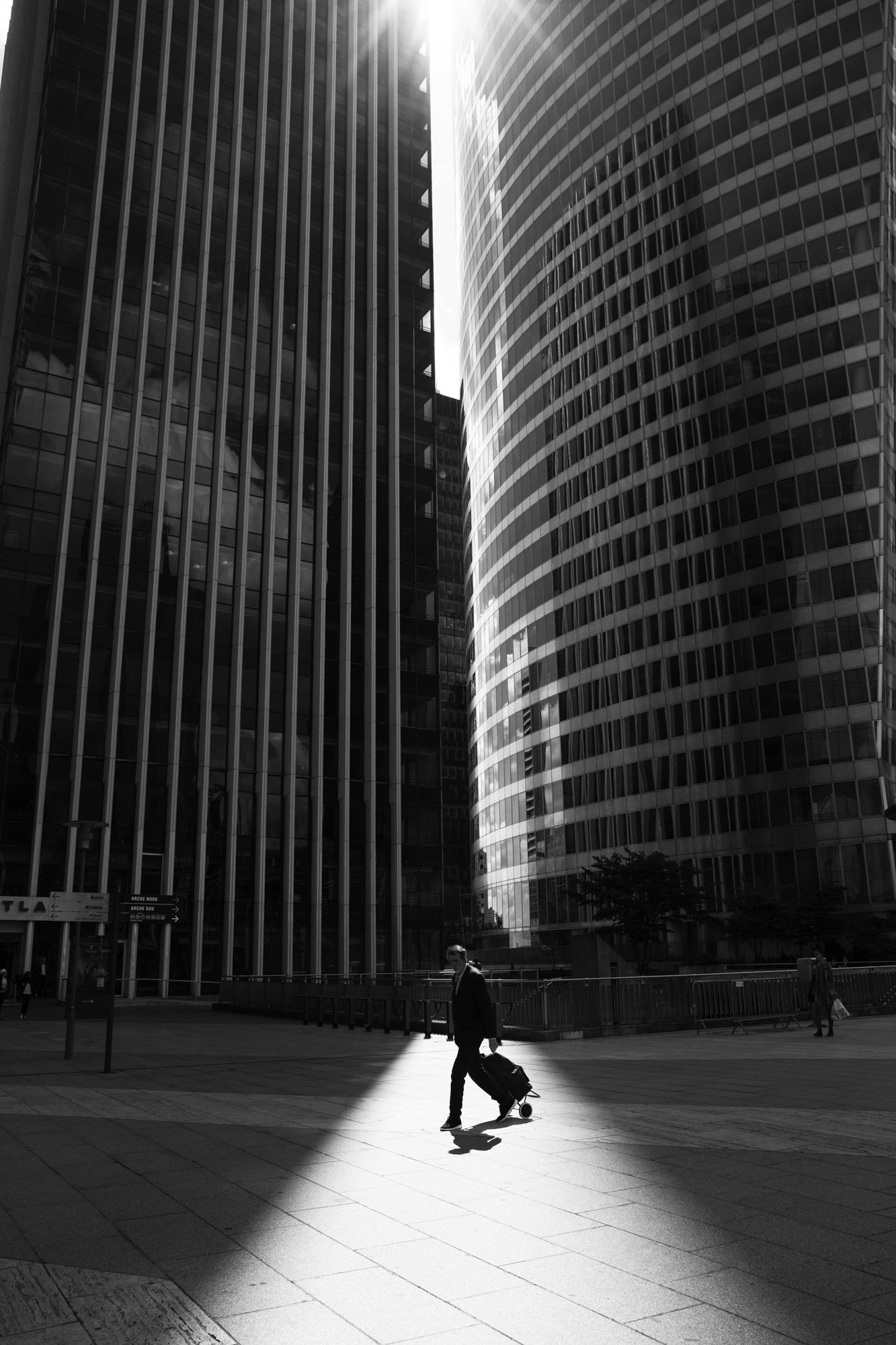 """""""The passenger"""" - La Défense, Puteaux (2017). © Clémence Rougetet"""