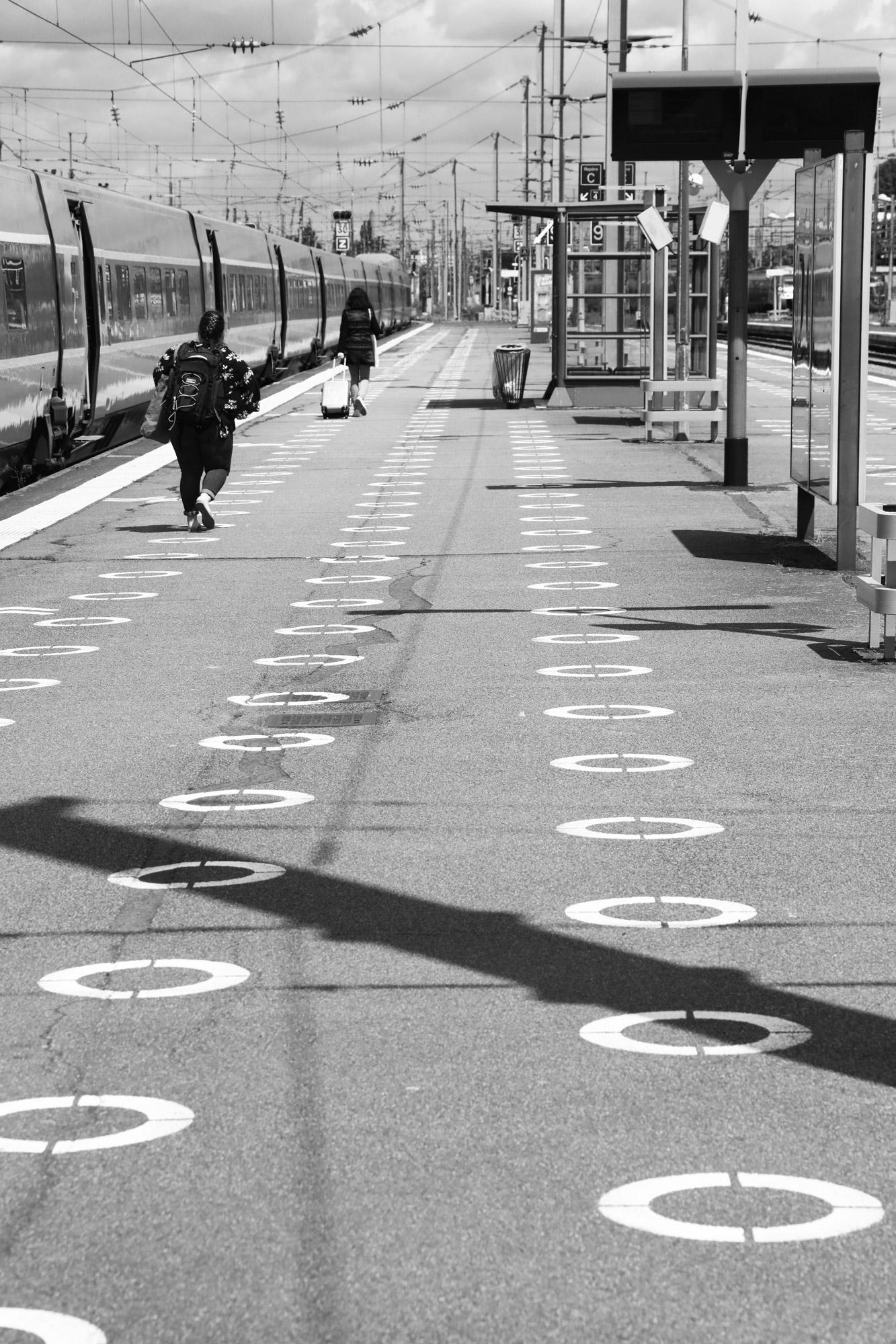 """""""Far far away"""" - Gare de Nantes. ©Clémence Rougetet"""