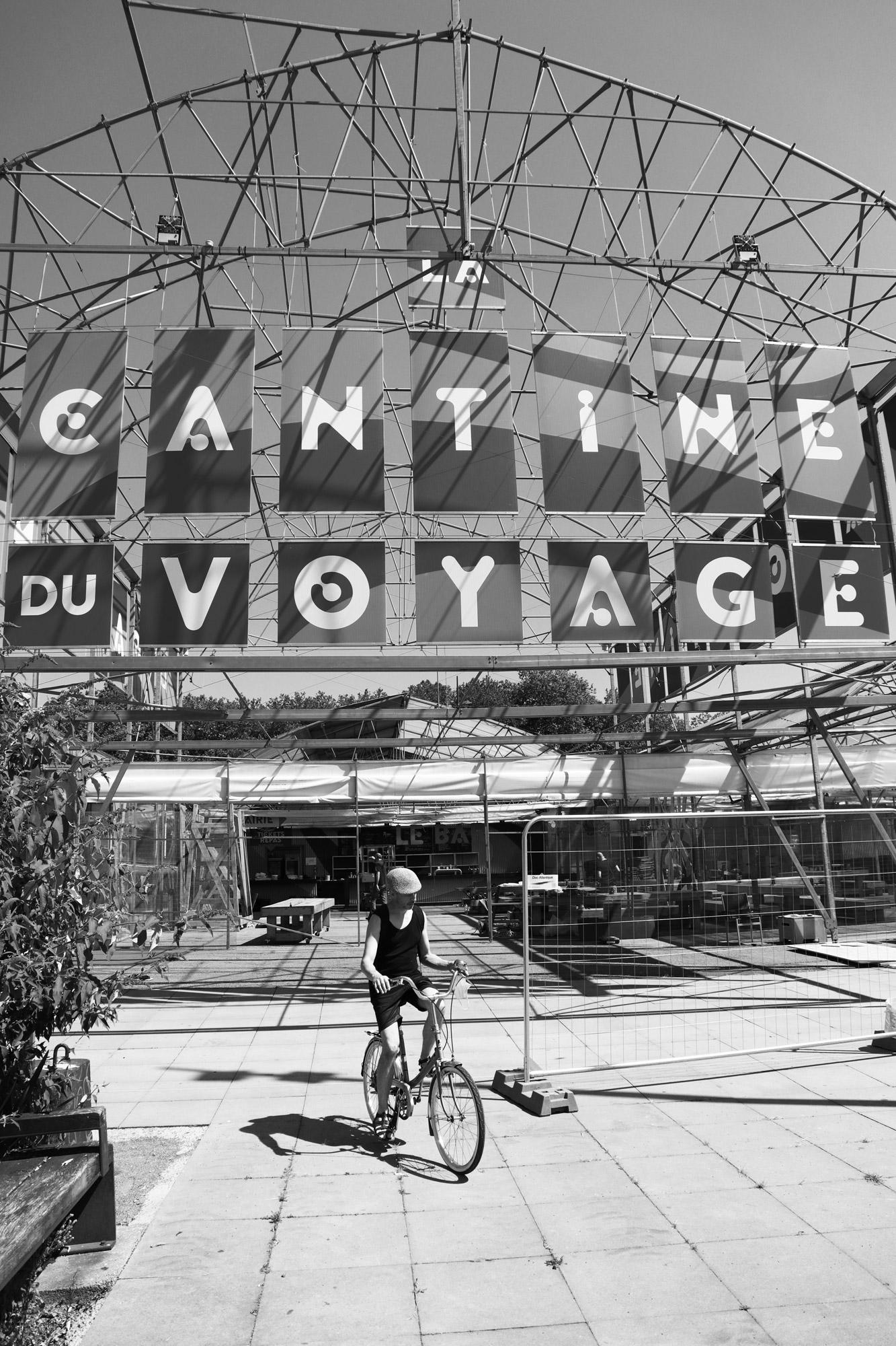 """""""Back to normal?"""" - La Cantine du Voyage, Quai des Antilles, Nantes. ©Clémence Rougetet"""