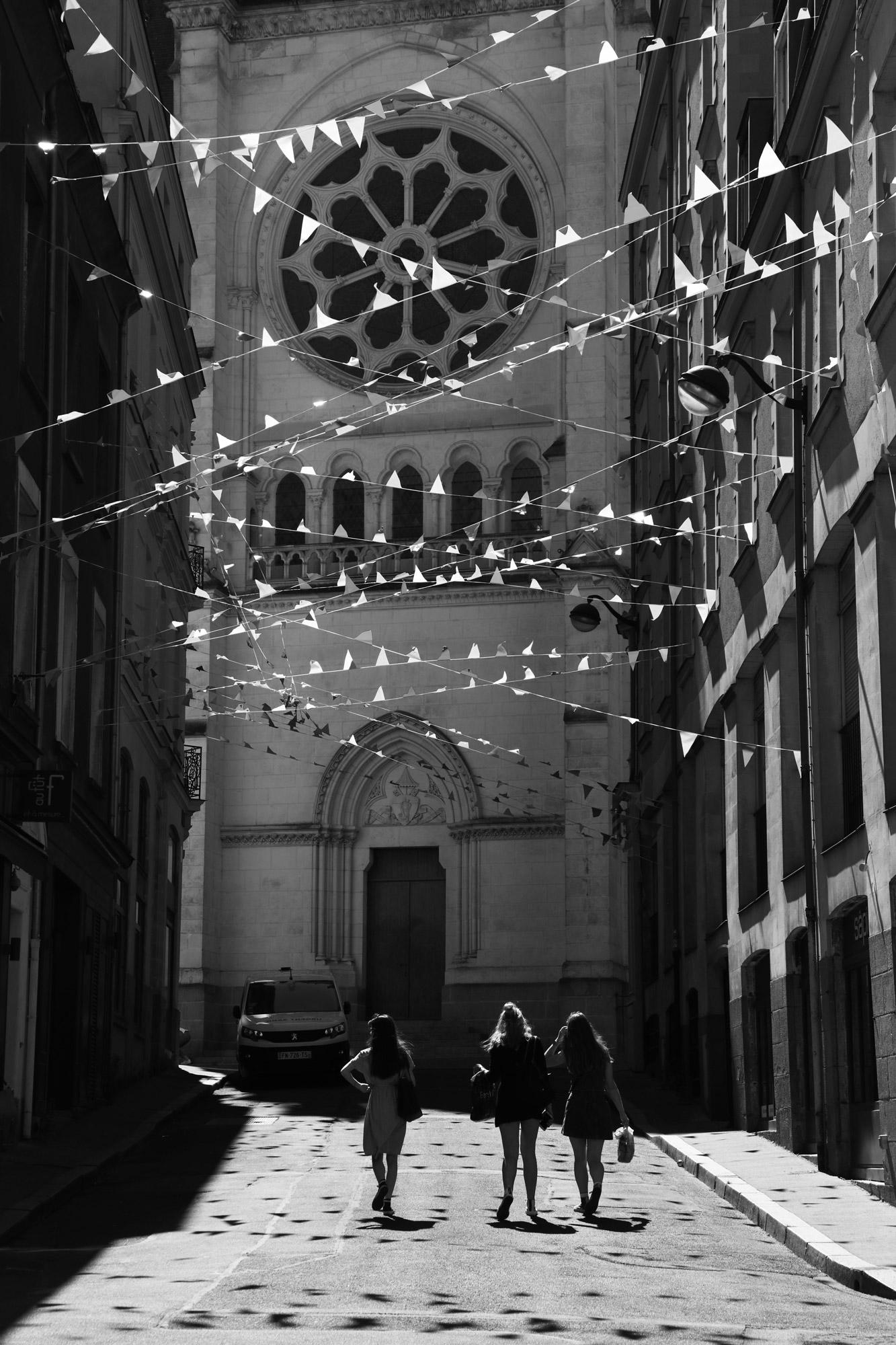 """The celebration street"" - Rue du Pré Nian, Nantes. ©Clémence Rougetet"