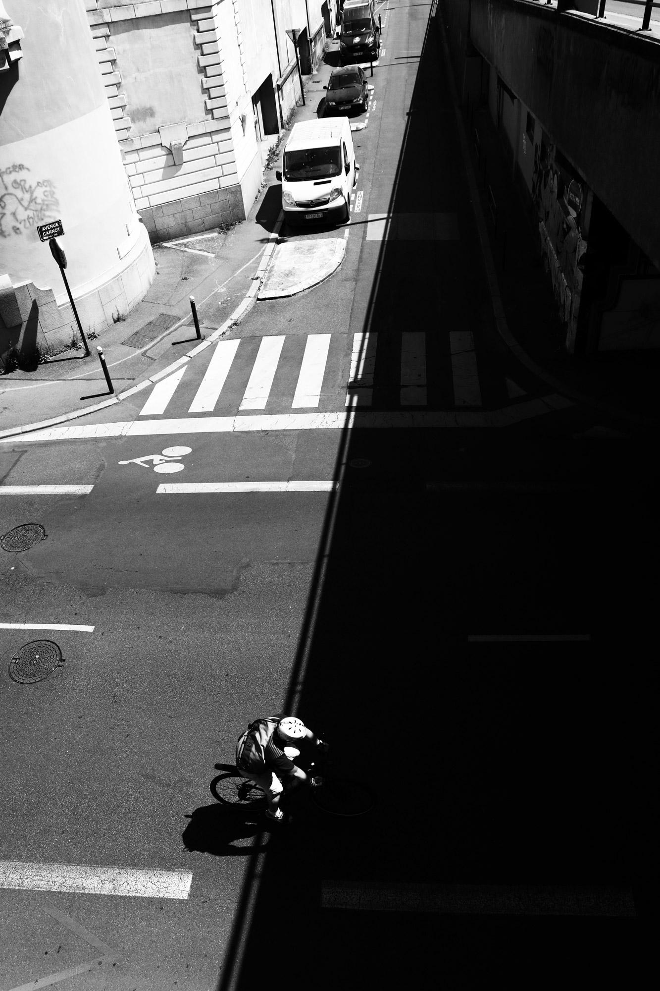 """""""Light in shadow"""" - Pont de la Rotonde, Nantes. ©Clémence Rougetet"""