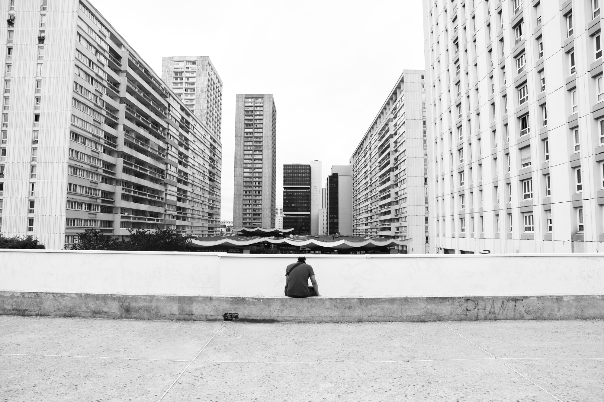 """Street viewer"" - Olympiades, Paris (2020). © Clémence Rougetet"