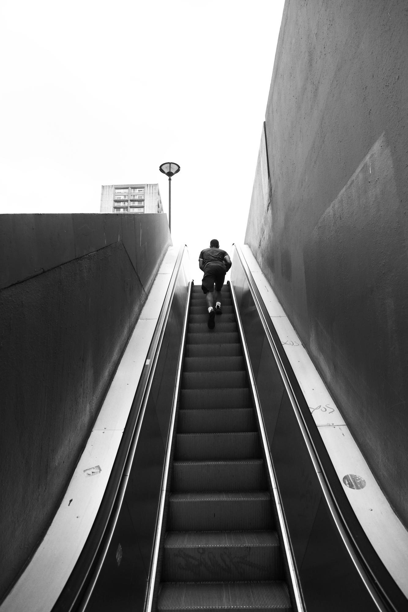 """Hurry up"" - Olympiades, Paris (2020). © Clémence Rougetet"