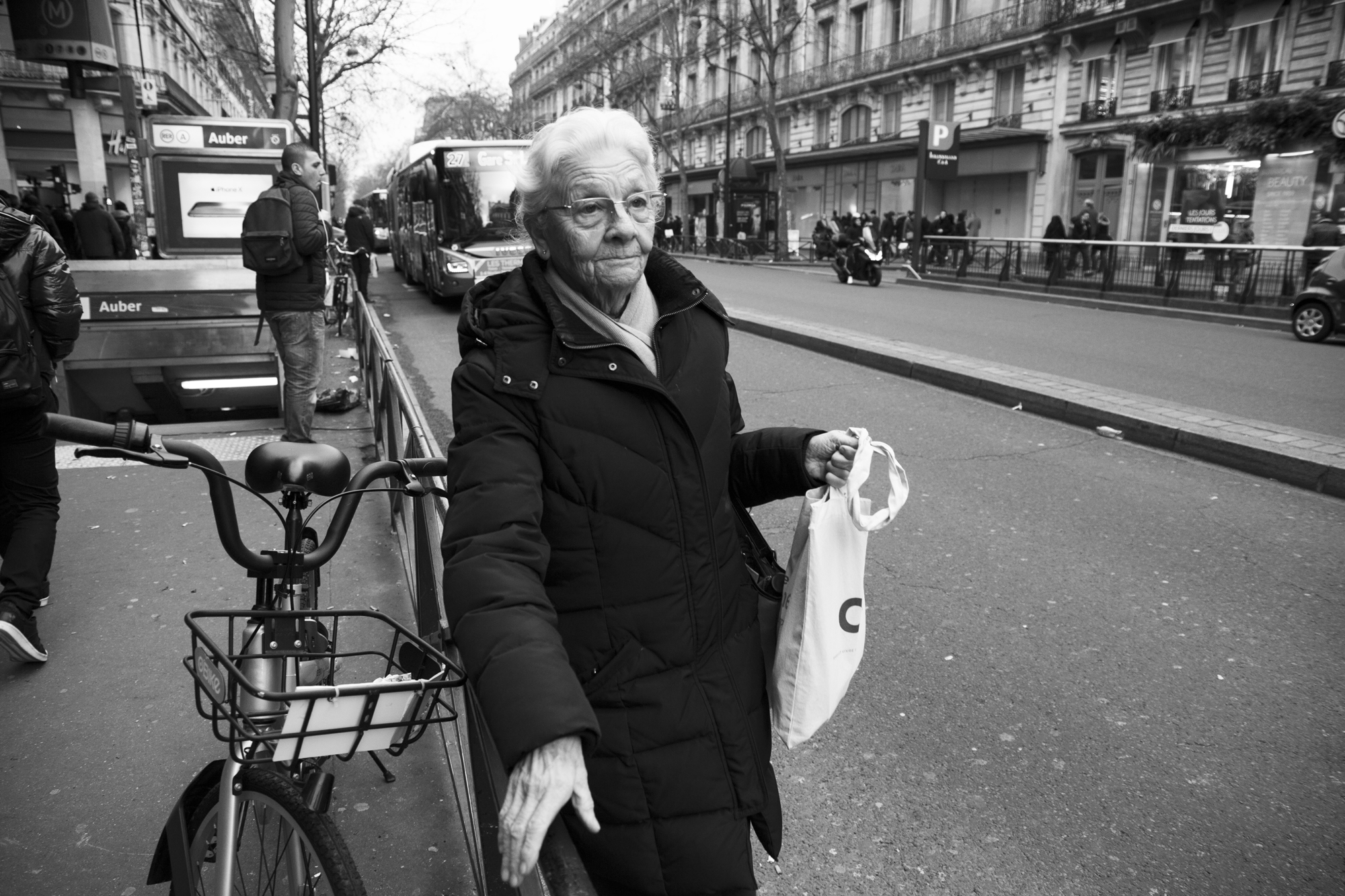 """Never stop"" - Boulevard Haussman, Paris (2018). © Clémence Rougetet"