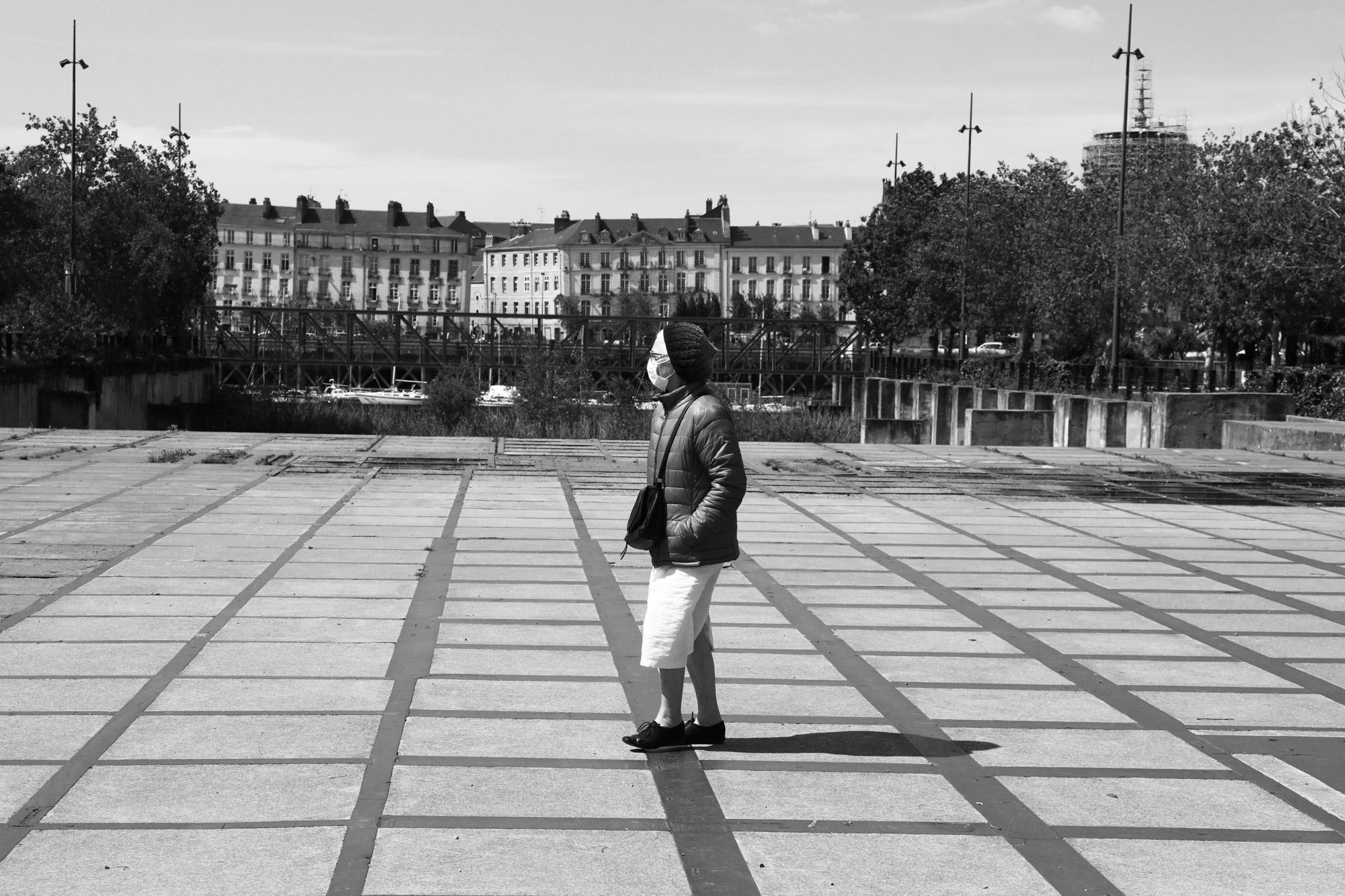 """""""Mask walking"""" - Île de Nantes. ©Clémence Rougetet"""
