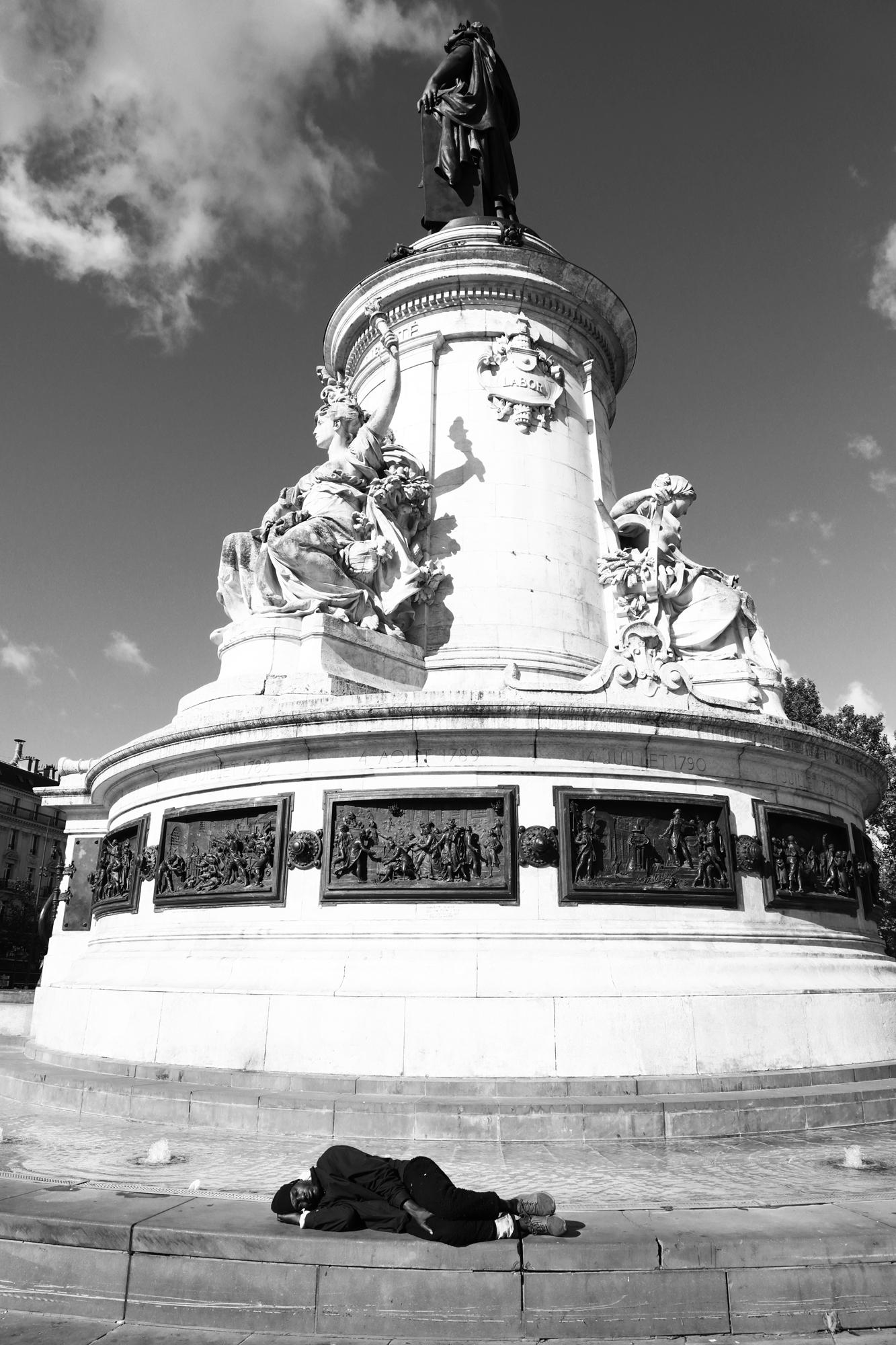 """""""Republic over"""" - Place de la République, Paris (2020). © Clémence Rougetet"""