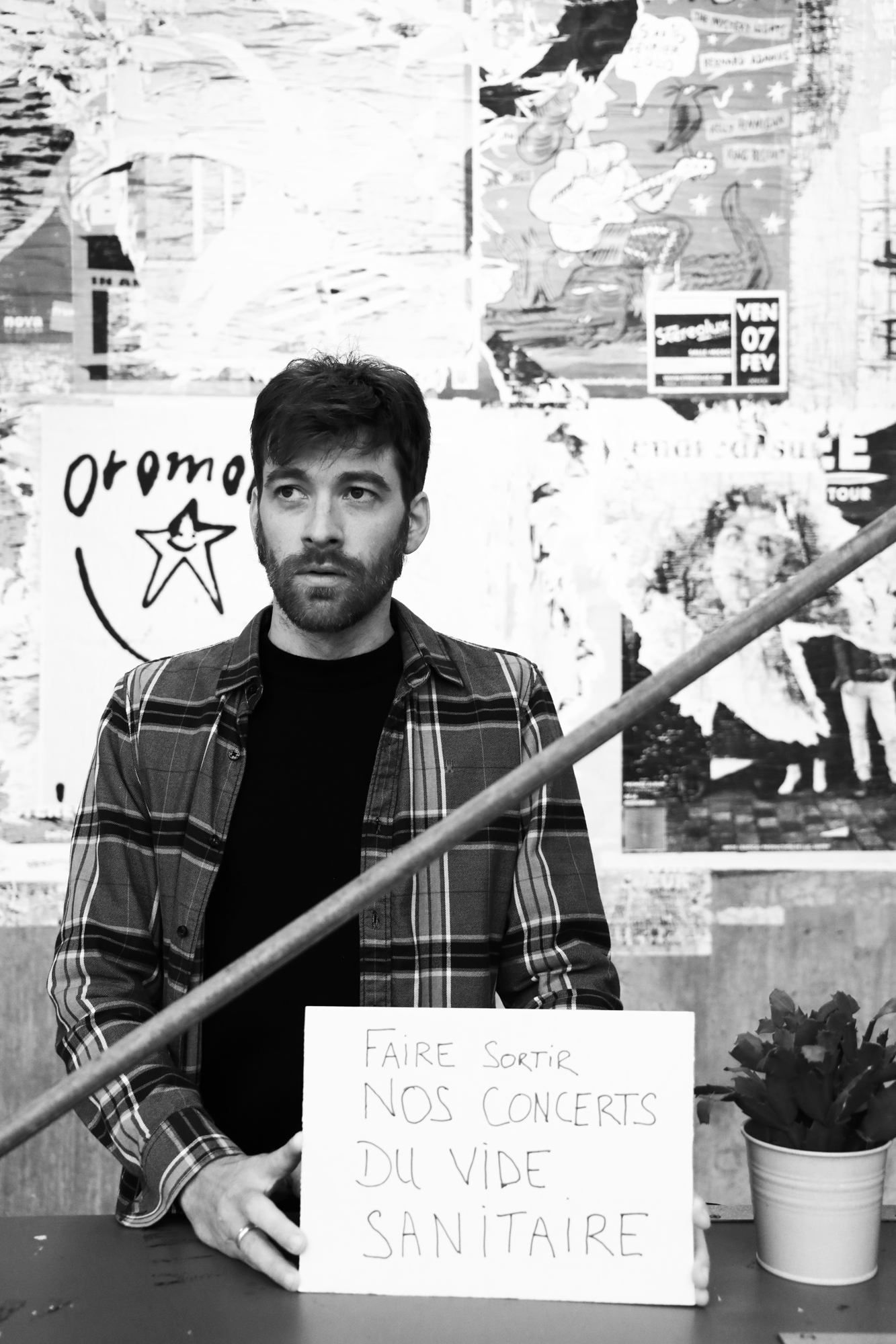 Julien Buys - Comédient voix-off // Chanteur & musicien avec Malween et From Constellation. ©Clémence Rougetet