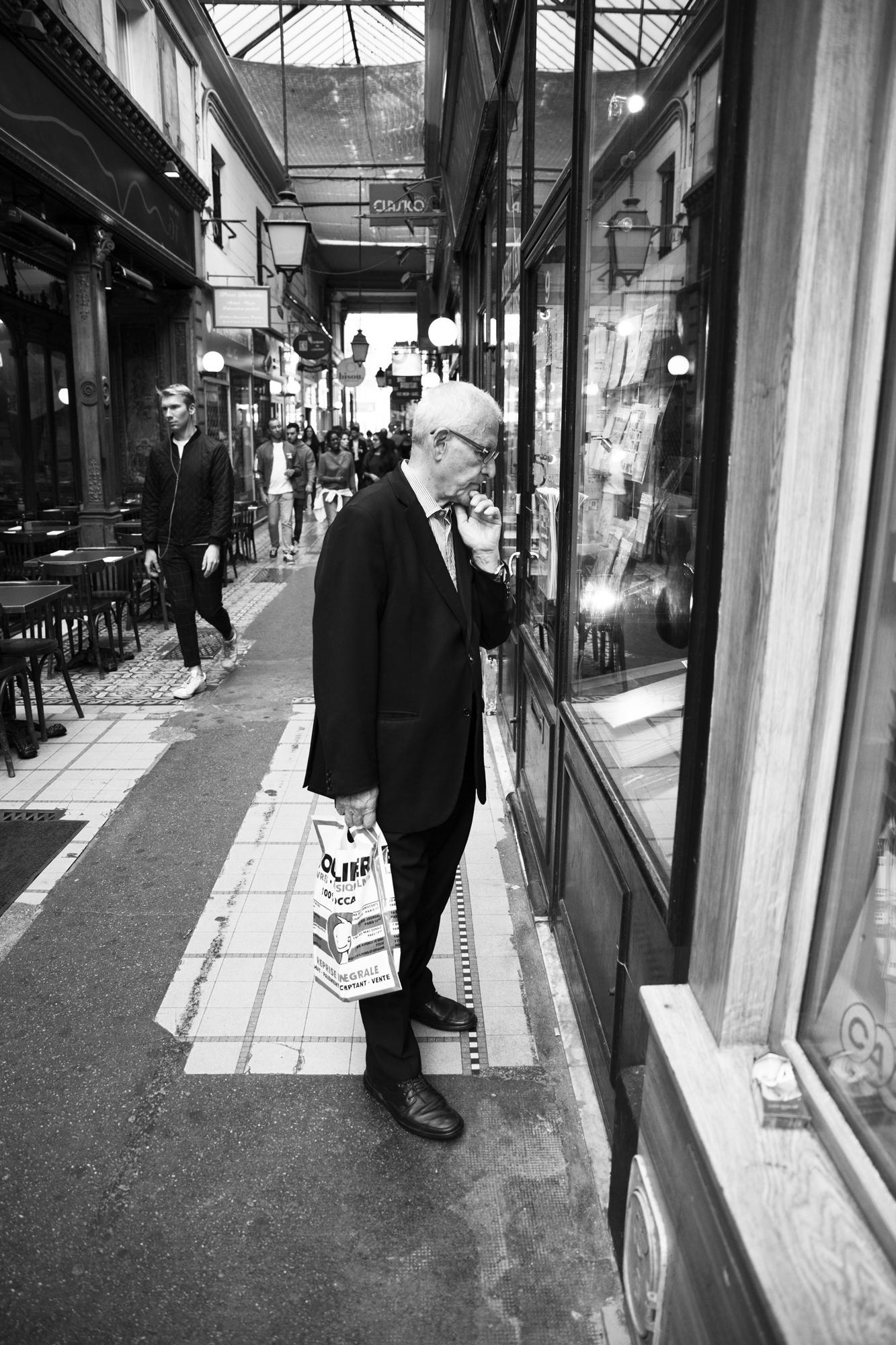 """""""Without hesitation"""" - Passage des Panoramas, Paris (2019). © Clémence Rougetet"""