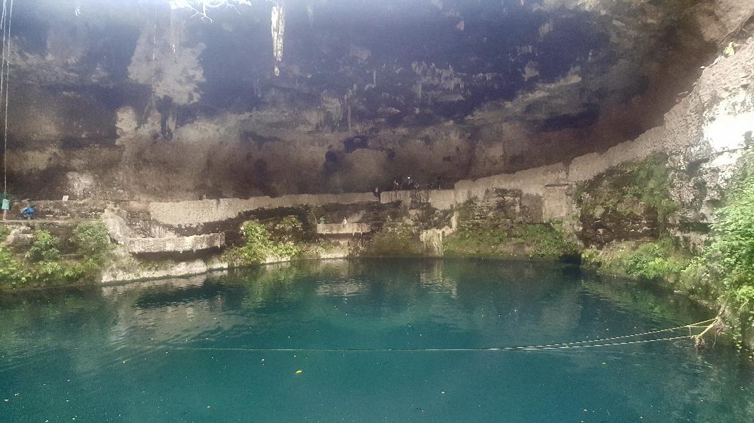 Die Cenote Zaci mitten in Valladolid