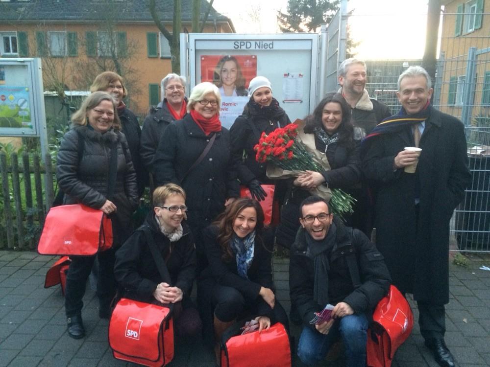 SPD Nied mit Mike Josef & Freunde bei der Volkstheatervorstellung Zartbitter 2016