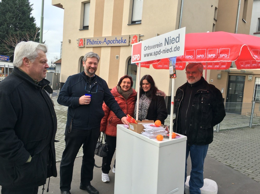 Milkica Romic Infostand - Wahlkampf - Kommunalwahl 2016