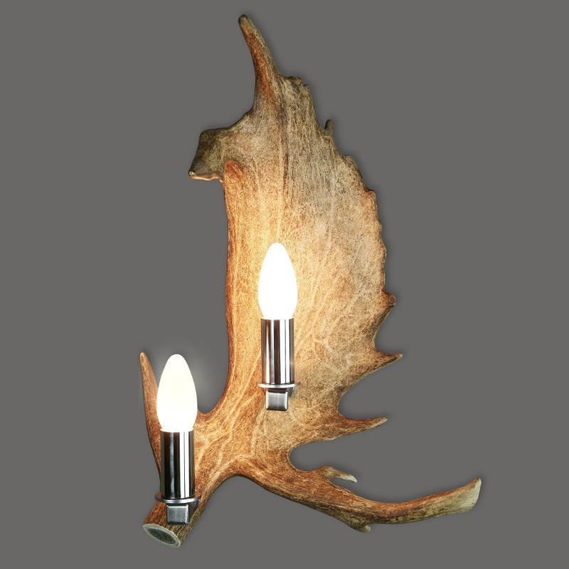 Wandlampe_aus_Damwildgeweih_mit_zwei_Kerzenbirnen_vom_Damwild
