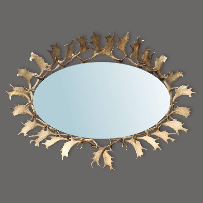 Sehr-schöner-Spiegel-mit-Hirschgeweih-von-Abwurfstangen