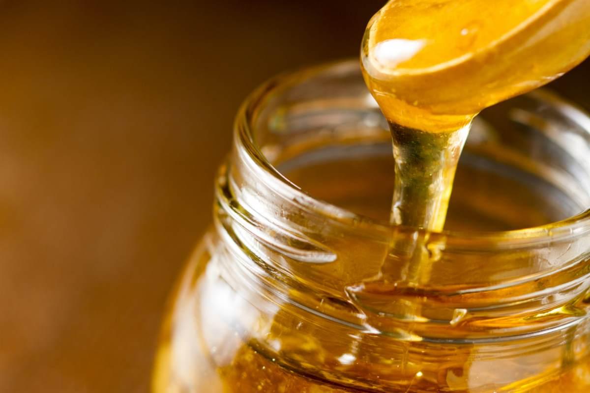 La miel estadounidense todavía contiene trazas de Cesio-137, un remanente de las pruebas nucleares realizadas en la época de la Guerra Fría ...