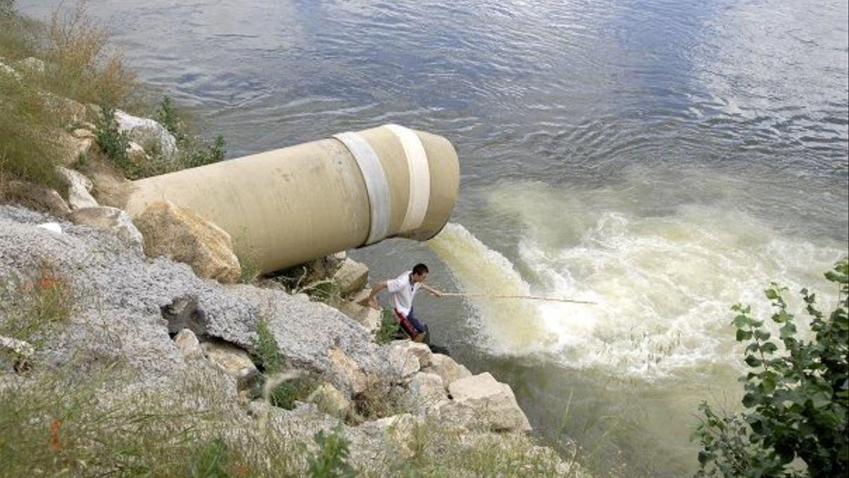 El 40% de las aguas españolas están sobreexplotados, contaminados o deteriorados ecológicamente...