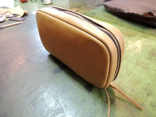 内縫いファスナーポーチ