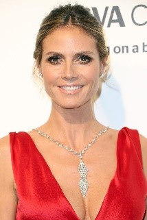 Claudia Galotti (Mutter) – Heidi Klum