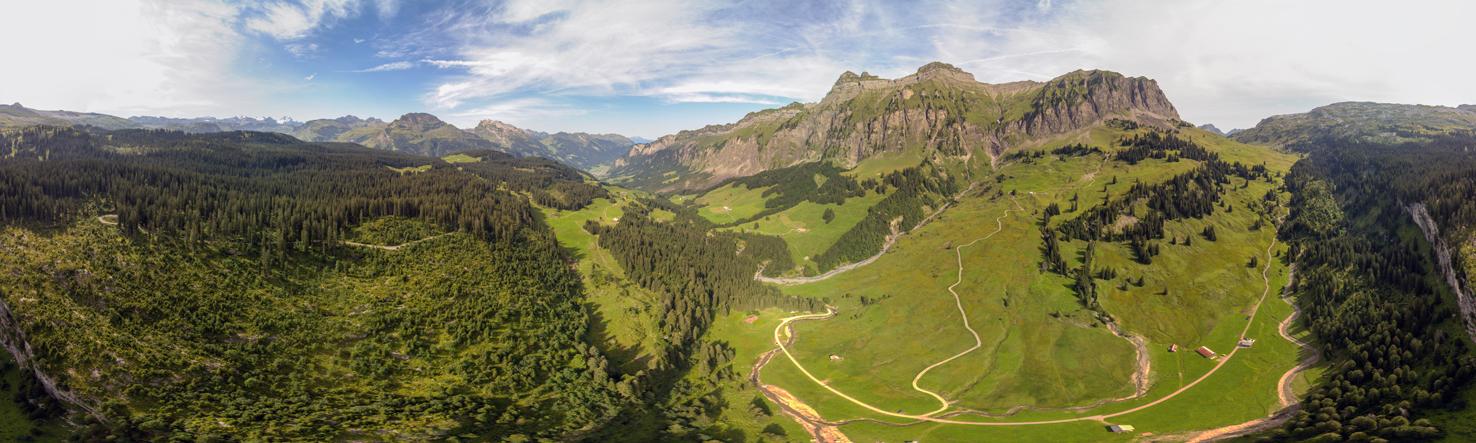 Unterhalb Praggelpass, Blickwinkel 360