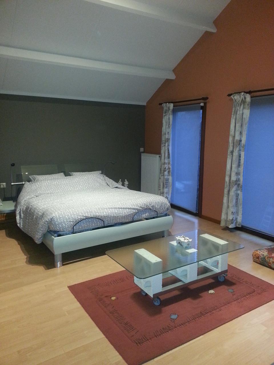 Slaapkamer + zetelbed