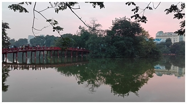 hanoi best places ho chi minh hoan kiem lakes