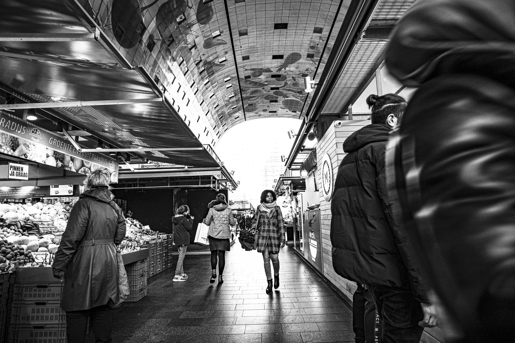 Rotterdam Market Hall customers  ©martin_schitto @fotomartsch