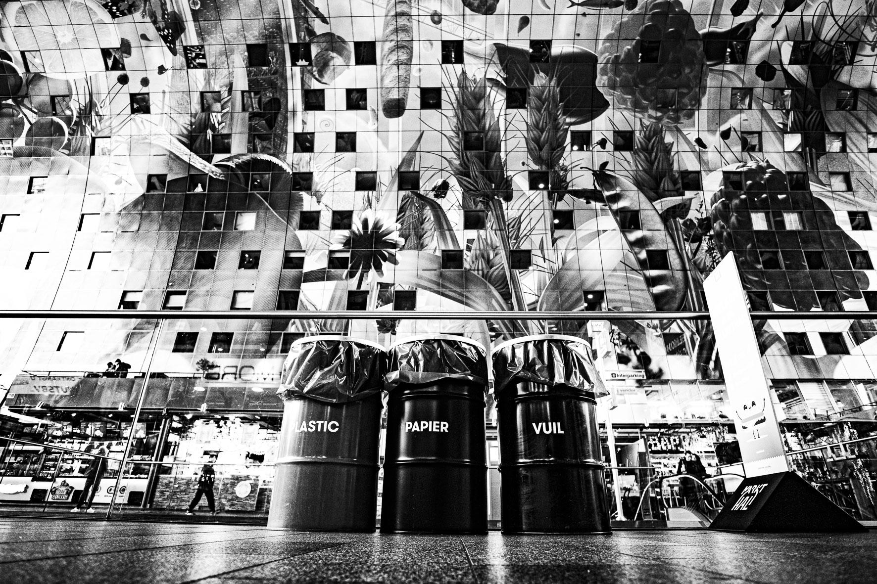 Rotterdam Market Hall recycling bins  ©martin_schitto @fotomartsch