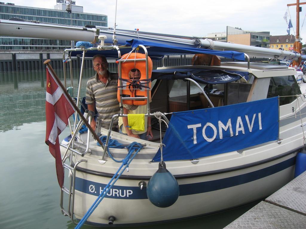 Die Tomavi aus Dänemark: sie trafen wir in Linz und dann wieder in Ruse. Wollen in Konstanta überwintern.