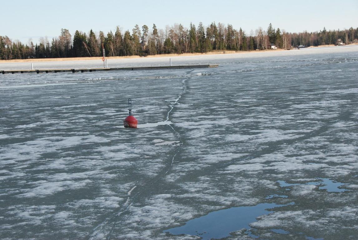 15.4. langsam tritt das Eis zurück