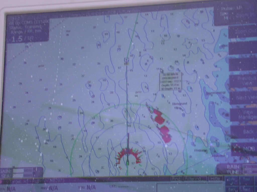 und auf dem Radarschirm