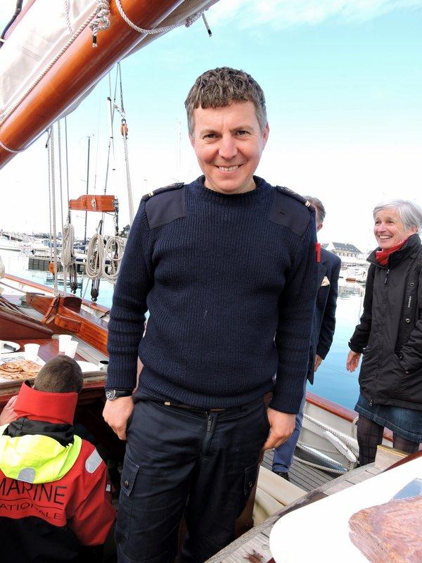 Rémi Marchadour, Premier Maître de la Grande Hermine, et son équipage, ont fait escale à Concarneau pour Livre & Mer