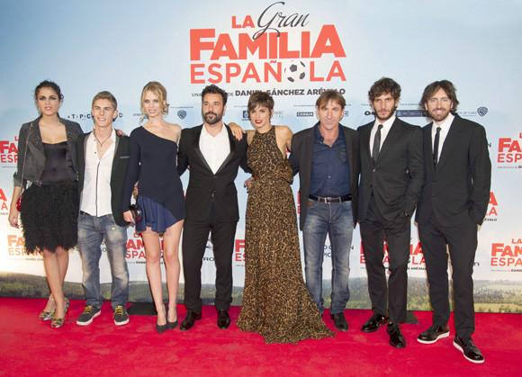 """Reparto de """"La gran familia española"""""""
