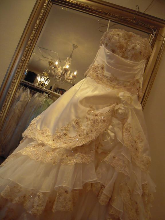 7❤貴女だけのウエディングドレスで最高の一日をお過ごしください。!